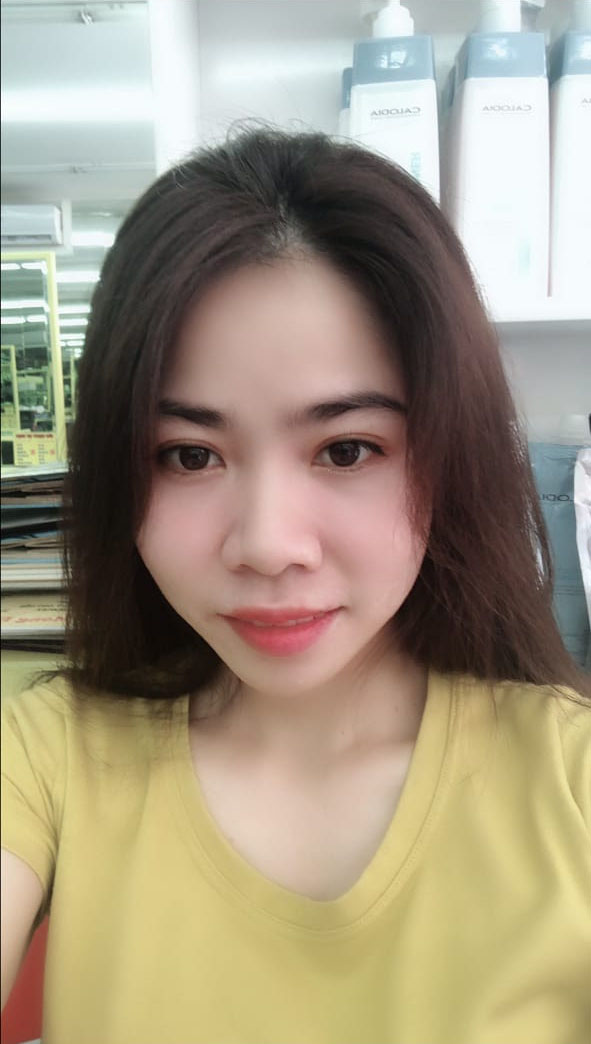 Vietnamese lady 26 years old